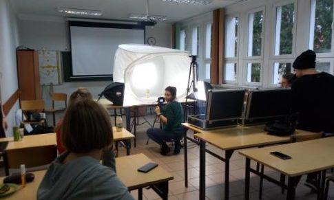 Kurs grafiki komputerowej w toku